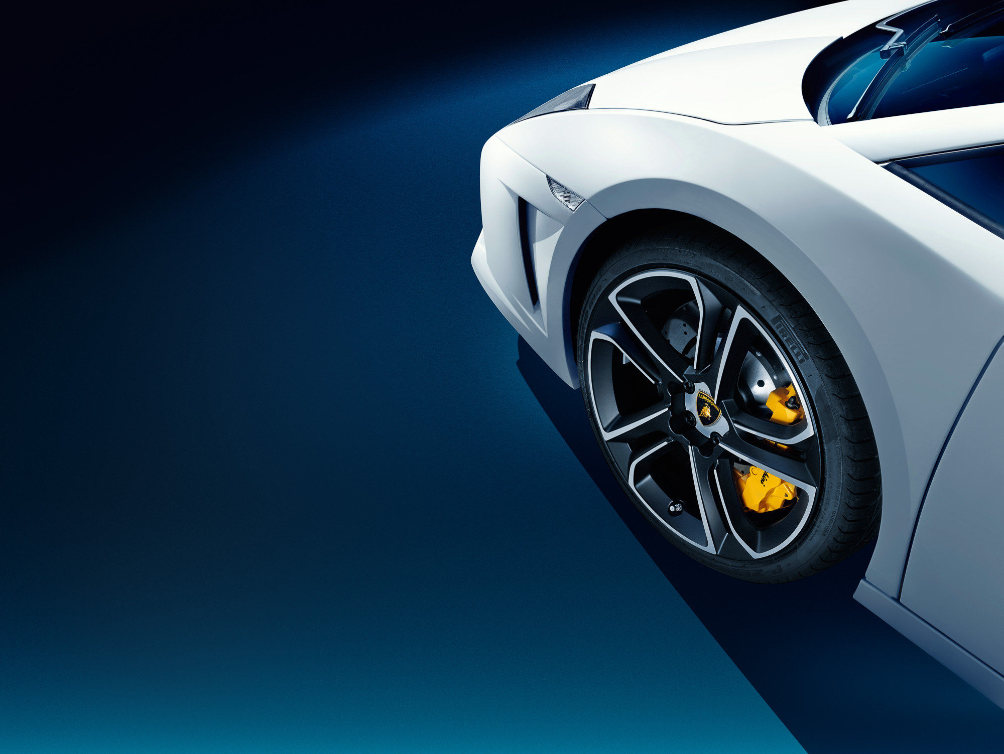 migs-foto-cgi-hong-kong-car-automotive-photography-photographer-lamborghini-gallardo-lp560-4-white-photoshoot-carshoot-front-wheel-detail-2K