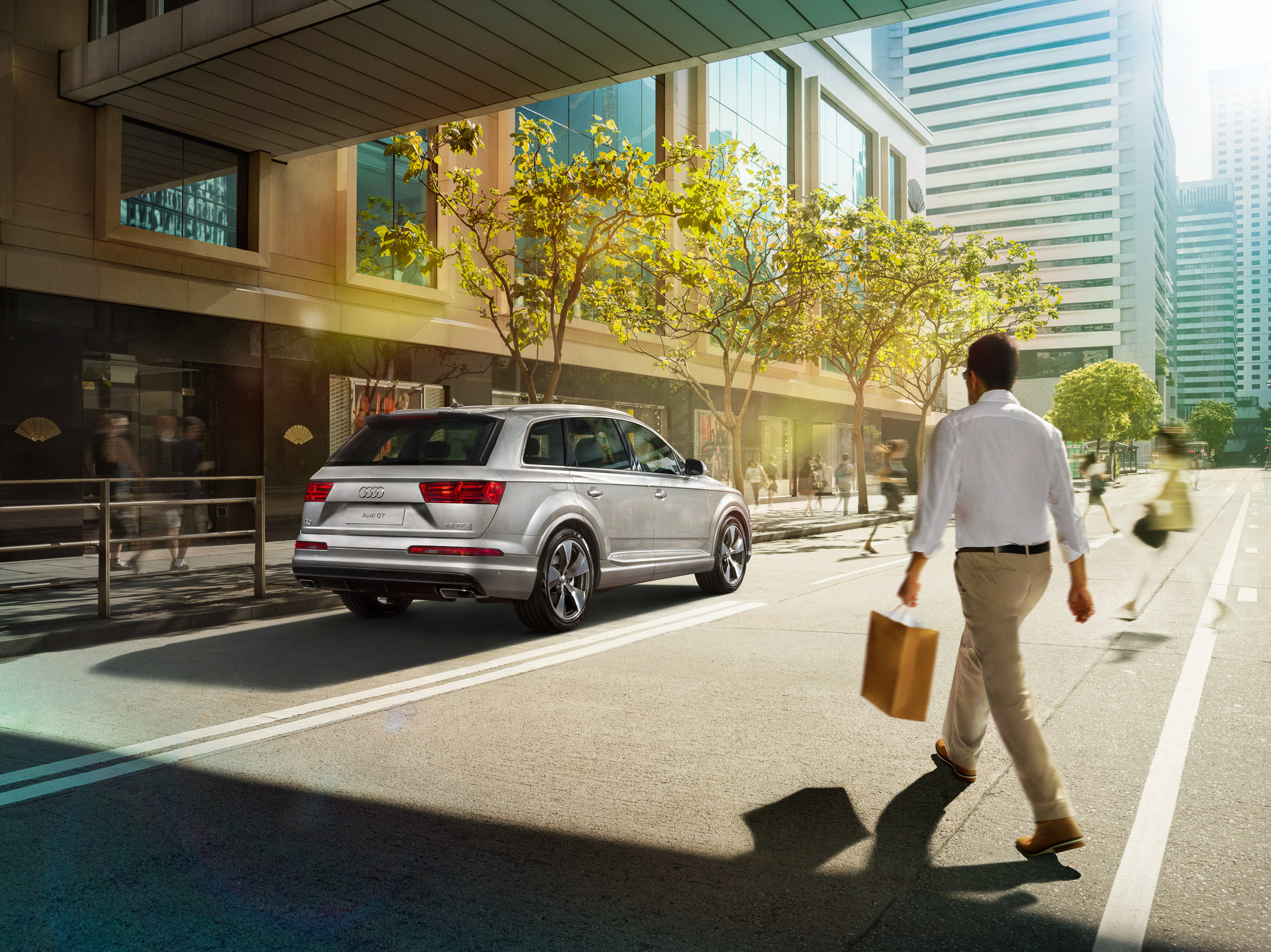 migs-foto-cgi-photographer-automotive-car-hong-kong-michael-lee-advtertising-commercial-photography-Audi-2016-HK Q7_ChaterRoad_FINAL-2.25K